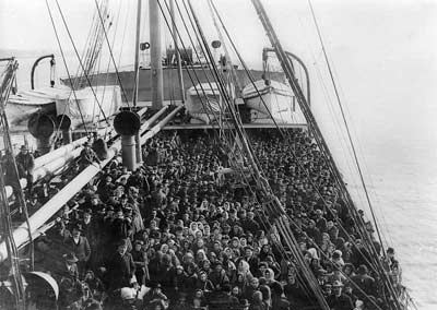 Boat-to-ellis-island-web.jpg